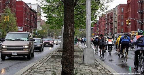 استفاده از دوچرخه به جای گسترش پارکینگ