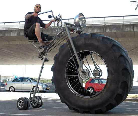 عجیب ترین دوچرخه ی جهان ، دوچرخه اي با لاستيک تراکتور !!!