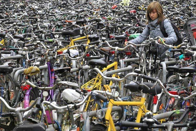 تصویری از پارکینگ دوچرخه در بلژیک