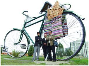 گفتوگو با سازنده دوچرخه غول پيکر ميدان استقلال